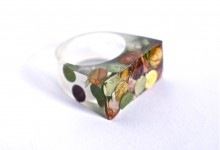 Vegetal confetti ring for autumn days